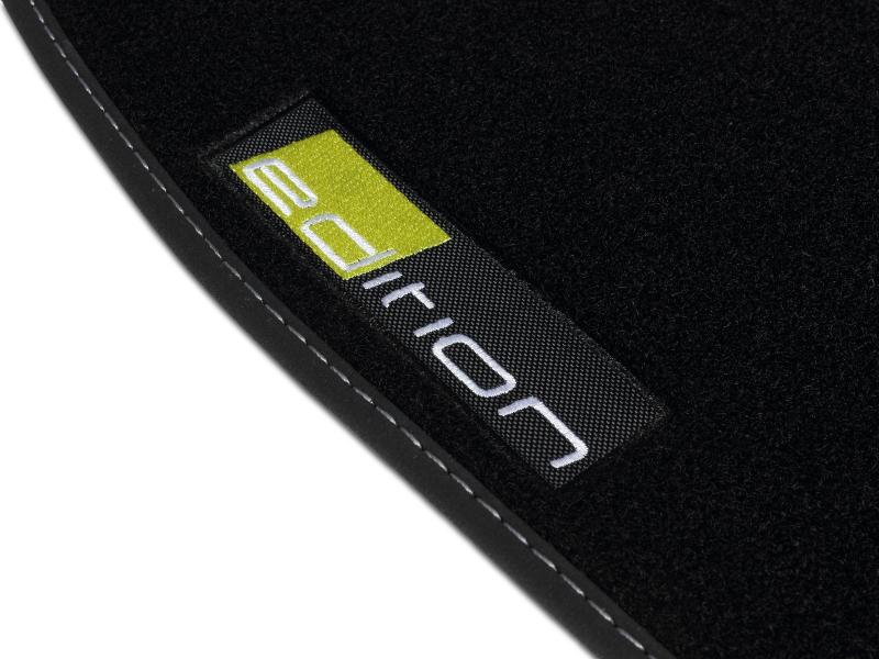 opel insignia bj 2008 fussmatten autoteppiche mit logo. Black Bedroom Furniture Sets. Home Design Ideas